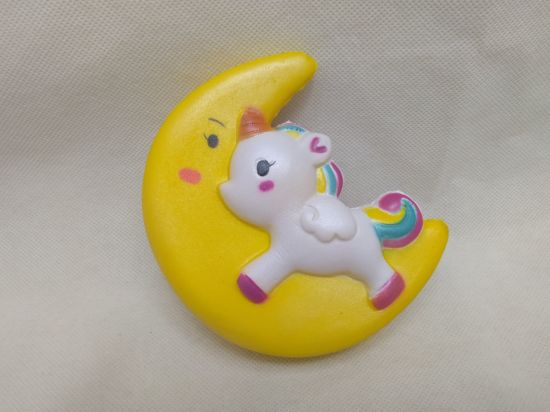 Squishies Yellow Moon Flying Horse PU Slow Rise Squishy Toys